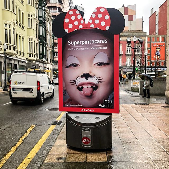 Street Furniture Of Ooh Advertising From Jcdecaux